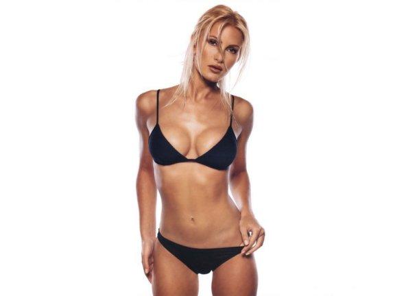 bikini038.jpg